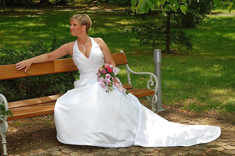 finkbeiner menyasszonyok az első e- mail, hogy megismerjük